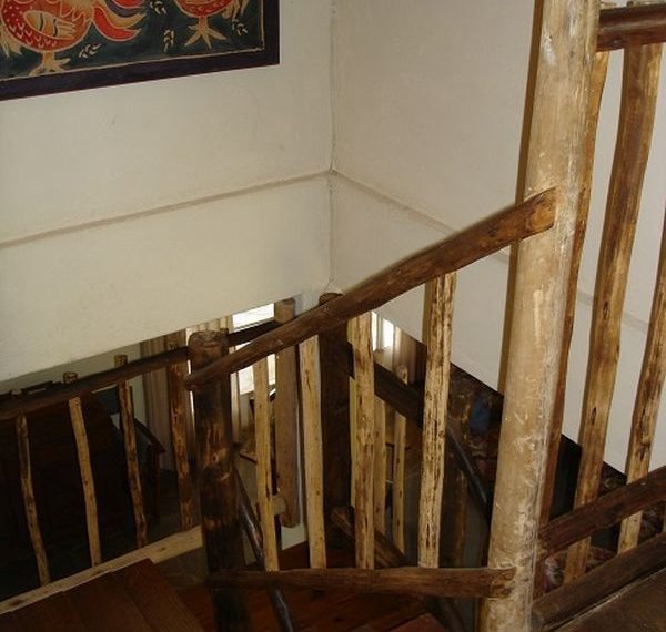 Staircase 1r